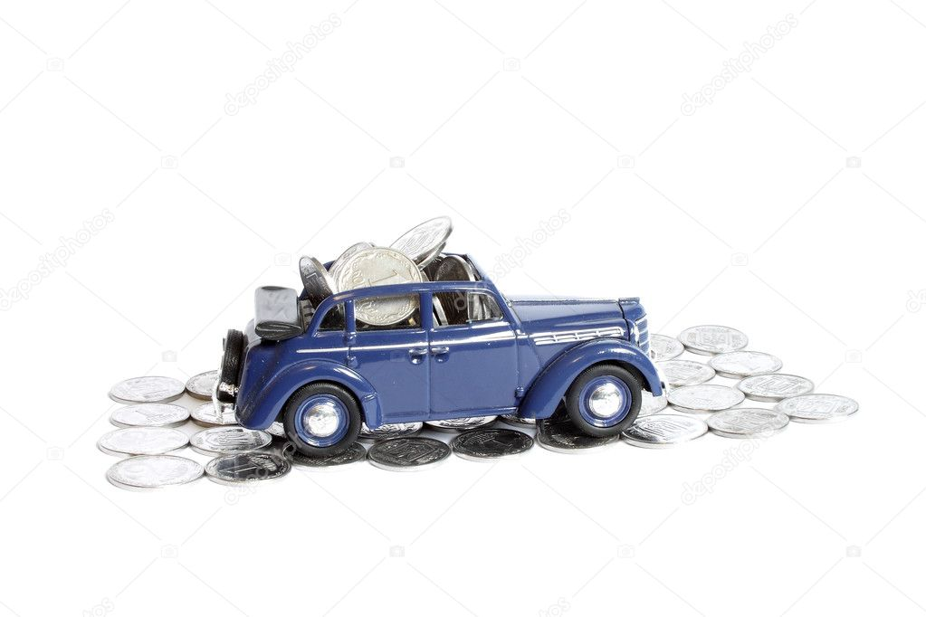 Model of the car with Ukrainian coins — Stock Photo #8327772