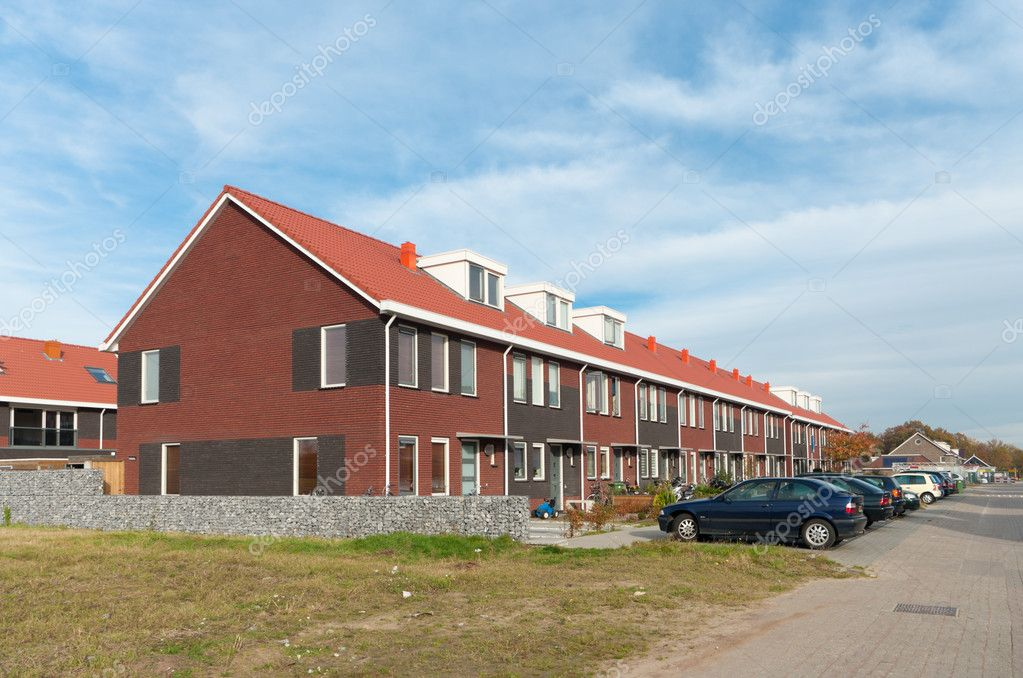 A row of new terraced houses in the Netherlands — Stock Photo #8104584
