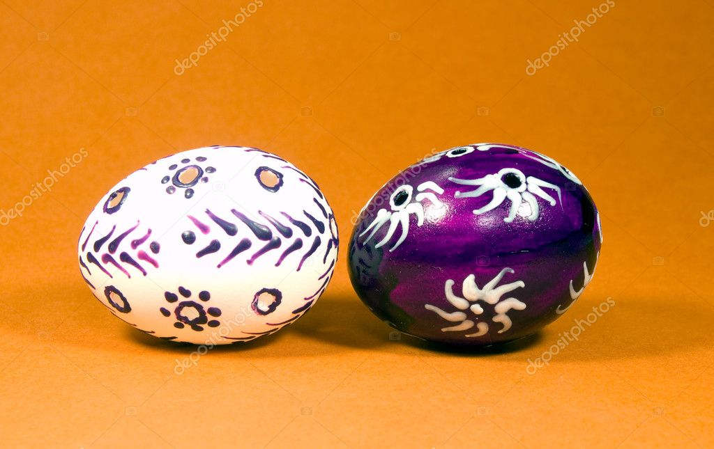 Eastetn eggs painted by beeswax  Foto de Stock   #8605130