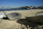 Boten op een strand — Stockfoto
