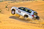 Safari car in desert — Stock Photo