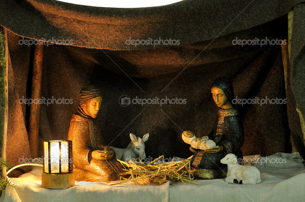 Nativity Scene in ceramic figures — Stock Photo #8043137