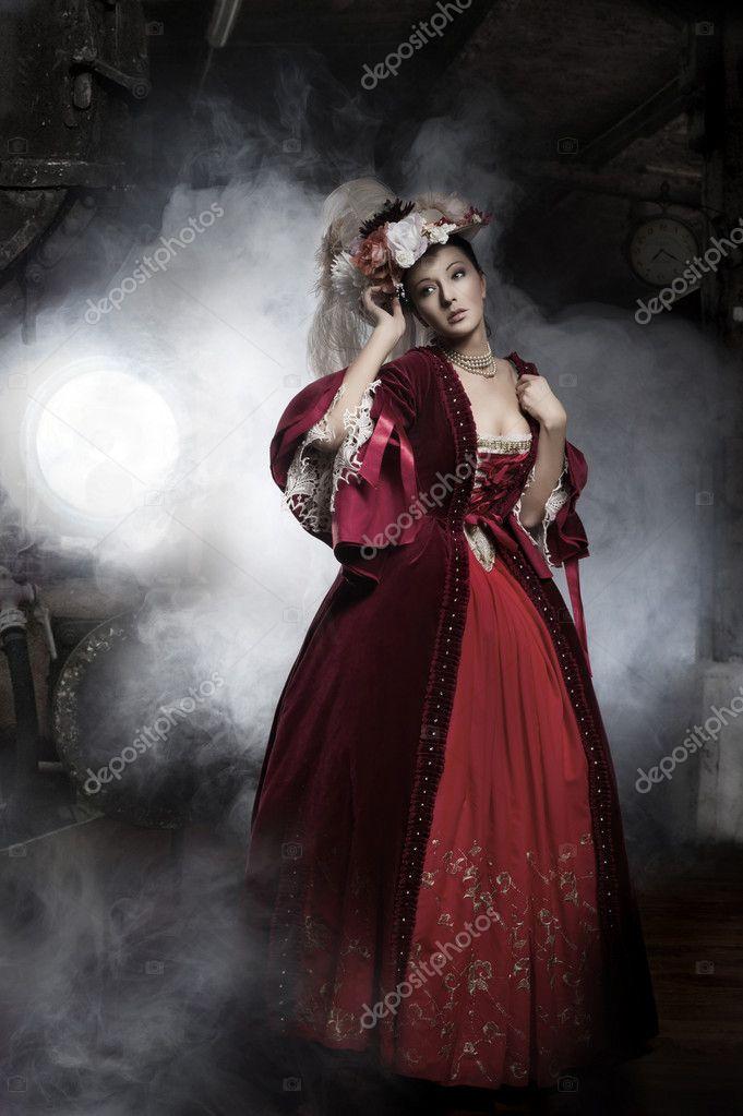 Beauty woman wearing old fashioned dress — Stock Photo ...