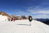 Skiing in the mountain — Stock Photo