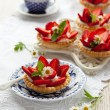 Strawberry tartlets - Stok fotoraf