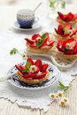 Strawberry tartlets — Stock Photo
