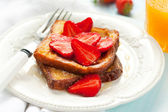 French toast with strawberry — Stock Photo