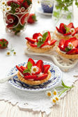 Tartlets with strawberry — Stock Photo