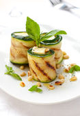 Zucchini rolls with cheese — Stock Photo