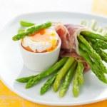Asparagus ,egg and  ham — Stock Photo #8403644