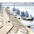 Nizhny Novgorod: Embankment and Metro Bridge — Stock Photo #7966385