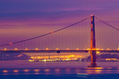 Golden Gate Bridge at night — Stock Photo