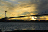 Forth Road Bridge at dusk — Stock Photo