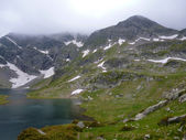 Lakes in the mountains — Stock Photo