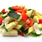Verdura cruda cortada en trozos pequeños — Stock Photo