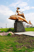"Sculpture ""the Girl on a dolphin"", the city of Novorossisk, — ストック写真"