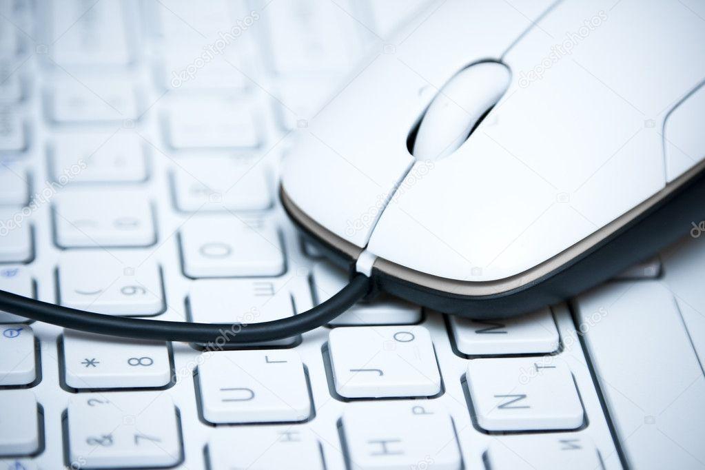 键盘上的鼠标