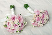 Two wedding bouquet of pink roses — Stock Photo
