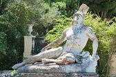 Achilles standbeeld in corfu, griekenland — Stockfoto