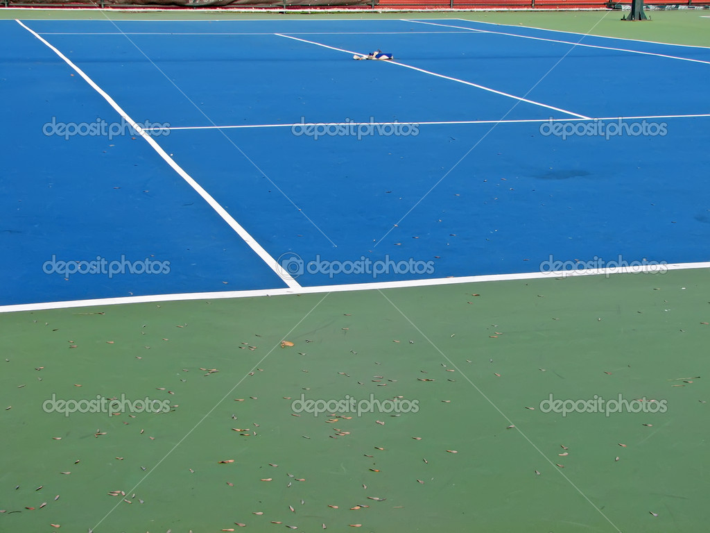 Blue surface tennis court.Artificial surface tennis court. — Stock Photo #8283571