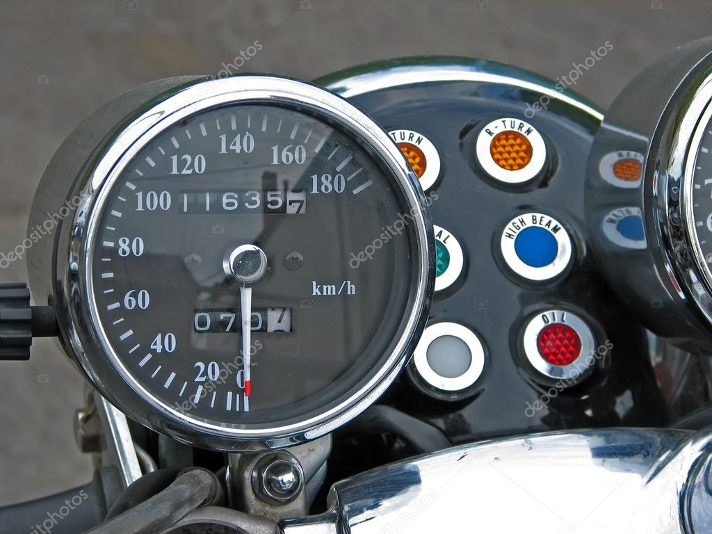 Old motorcycle speedometer.Vintage motorcycle tachometer. — Stock Photo #8673824