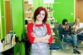 Saç salon sahibi veya çalışan — Stok fotoğraf