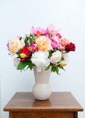Colorful flower bouquet — Stock Photo