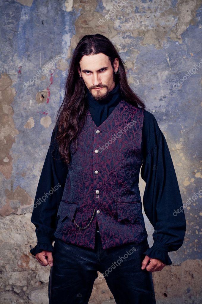 http://static8.depositphotos.com/1303326/846/i/950/depositphotos_8462324-Handsome-goth-man.jpg