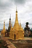 Stará barmské ruiny chrámů — Stock fotografie