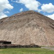 The sun pyramid in teotihuacan, mexico — Stock Photo