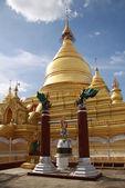 Kuthodaw Paya in Mandalay, Myanmar — Stock Photo