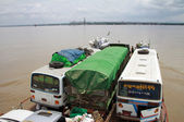 Irrawaddy river crossing in Pakokku — Stockfoto