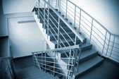Stairway in office building — Stockfoto
