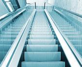 перемещение эскалатор — Стоковое фото