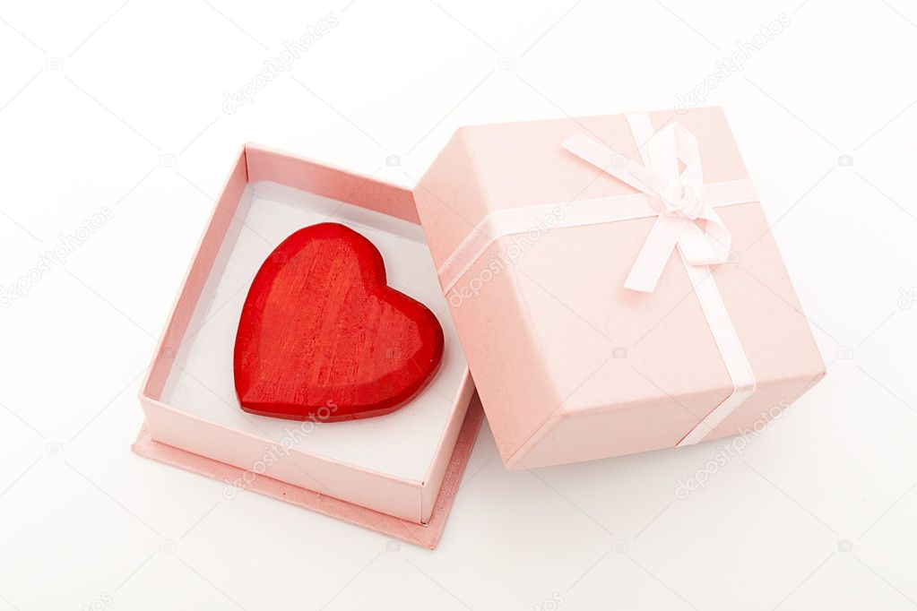 Wooden heart in pink box — Stock Photo #8731392