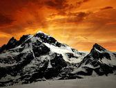 布赖特峰和克莱因马特洪峰-瑞士的阿尔卑斯山 — 图库照片
