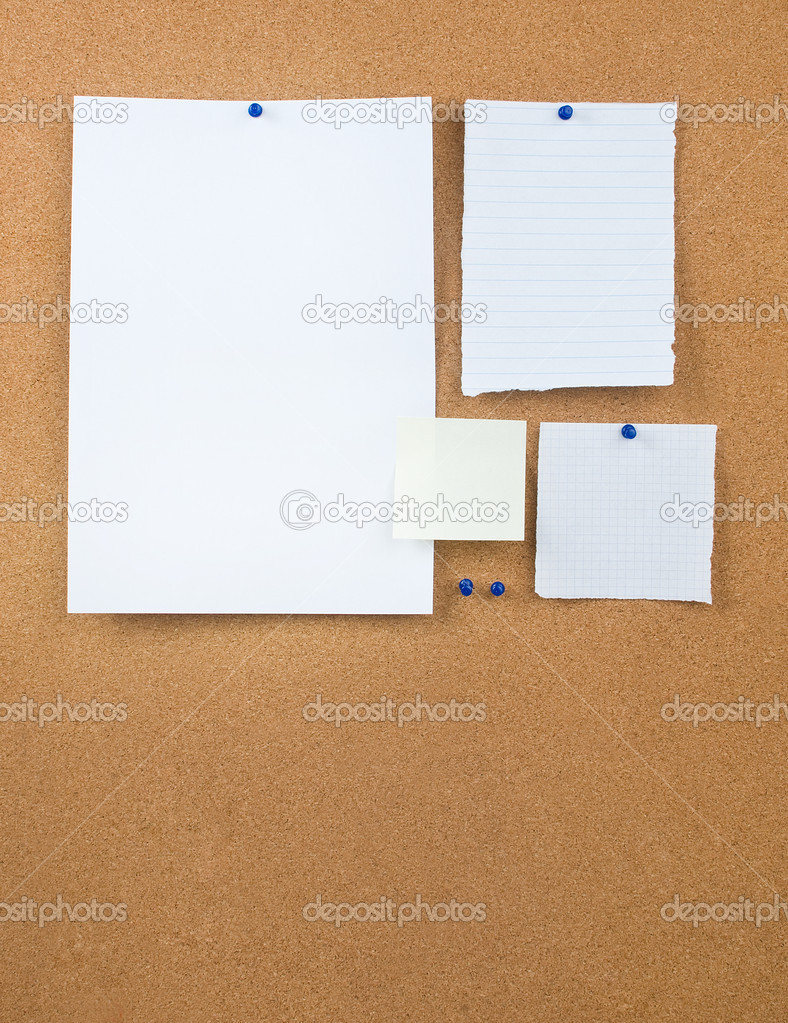 Corkboard and note papers — Stock Photo #9178096