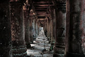 Cambodian temple ruins — Stock Photo