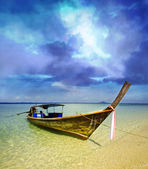 Long tailed boat — Stock Photo
