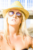 Face Of A Woman In Sunglasses On Holiday — Stock Photo