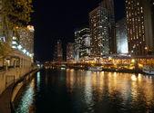 Chicago River Night — 图库照片