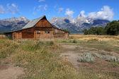 Mormon Row Barn in the Grand Tetons — Stock Photo