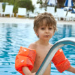 A child in the pool — Stock Photo