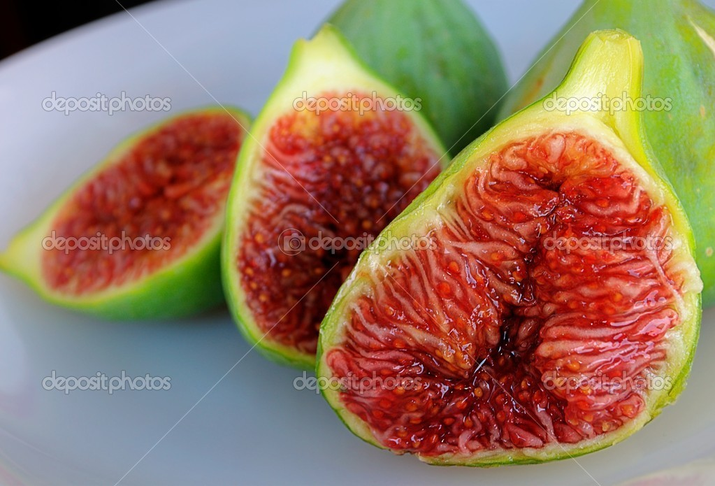 Three figs — Stock Photo #8067962
