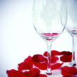 Glasses and rose petals composition - Lizenzfreies Foto