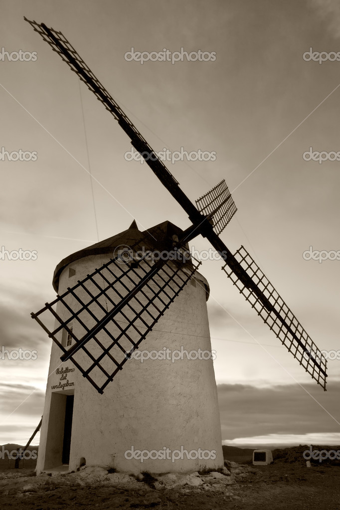 Windmill in black and white, Consuegra, Spain — Stock Photo #7976854