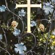 Cross on a forged wrought - Foto de Stock