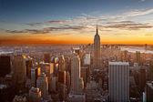 Solnedgång över manhattan — Stockfoto