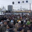 Stock Photo: MOSCOW - DECEMBER 24: 120 thousands of protesters.