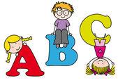 Barn spela och lära sig alfabetet — Stockvektor